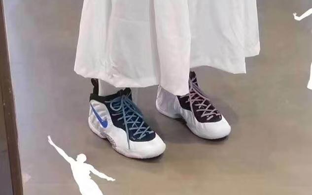 Nike posite 红蓝裸眼3D彩钩